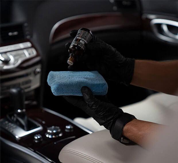 Interiør, skinnbehandling og bilsete bilpleie med ceramic_pro_textile og leather